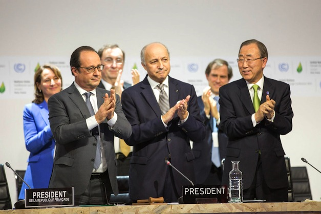 Historic-Climate-Change-Deal-Paris-2015